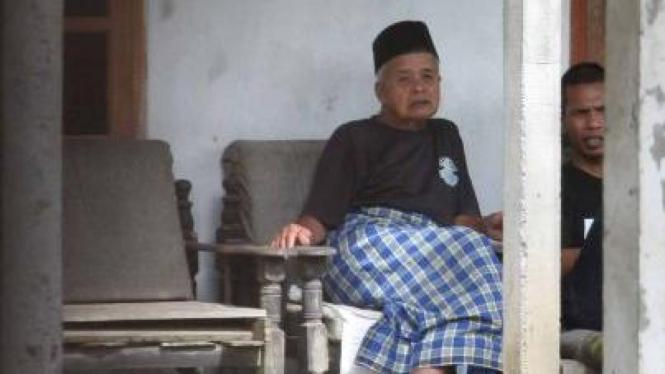 Mbah Maridjan sehari sebelum wafat, 25 Oktober 2010