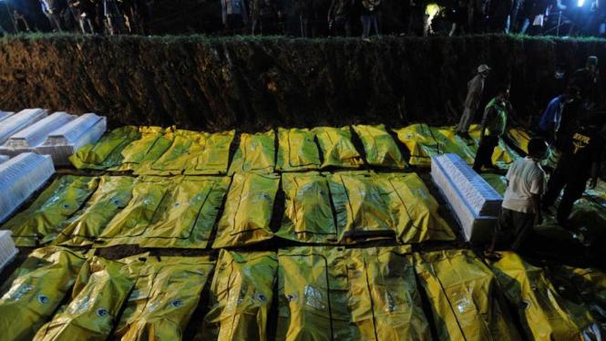 Pemakaman massal korban Merapi
