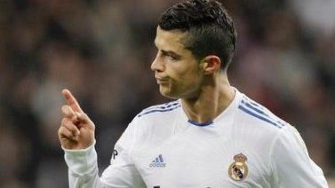 Cristiano Ronaldo merayakan gol atas Athletic Bilbao