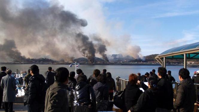 Korea Utara menyerang  Pulau Yeonpyeong di Korea Selatan