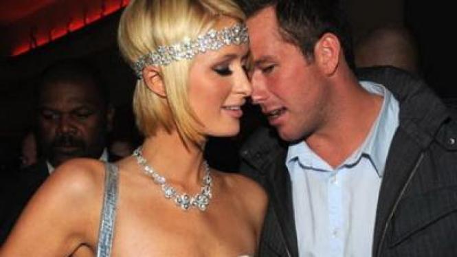 Paris Hilton & Cy Waits