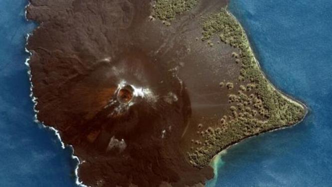 NASA: Anak Krakatau Juni 2005