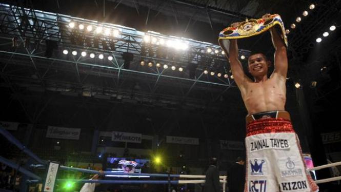Chris John  usai menang melawan Fernando Saucedo