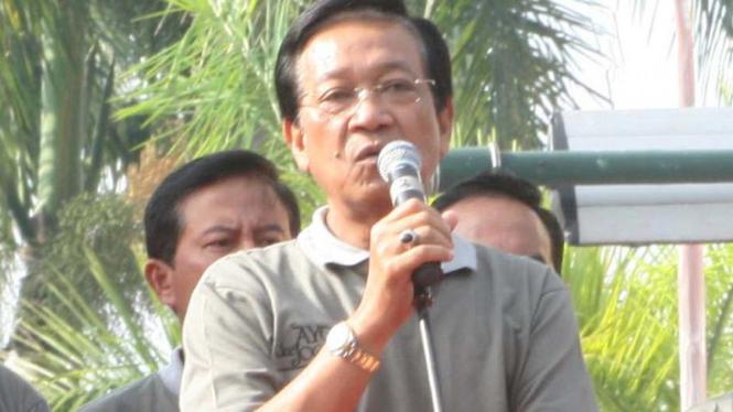 Gubernur DIY, Sultan Hamengku Buwono X