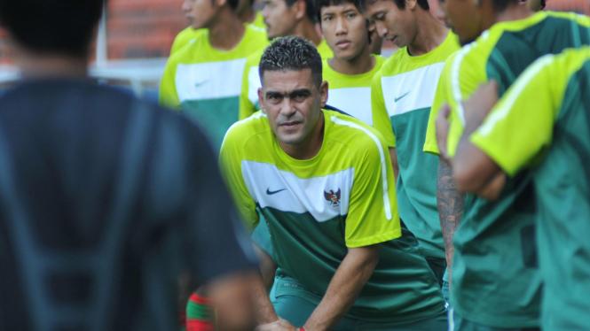 Christian Gonzales saat berlatih bersama timnas Indonesia