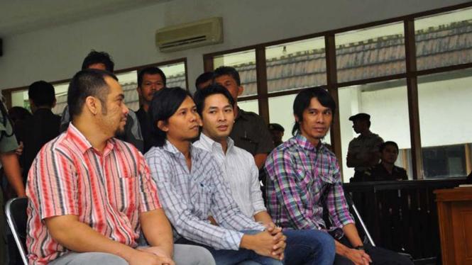 Manajer dan personel Peterpan jadi saksi dalam persidangan Ariel