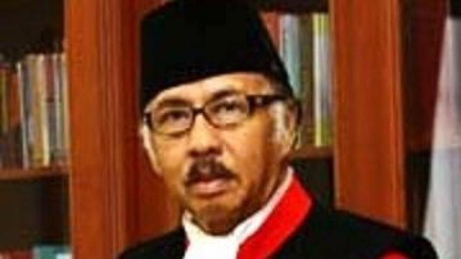 Hakim Konstitusi Arsyad Sanusi