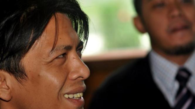 Ariel menjalani sidang di PN Bandung