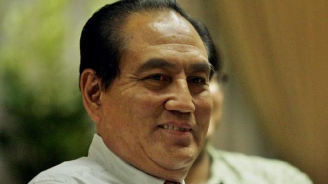 Theo L Sambuaga