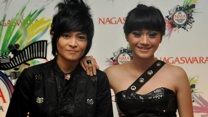 The Virgin, Mitha & Dara