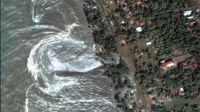 Satu jam setelah tsunami menerjang Sri Lanka