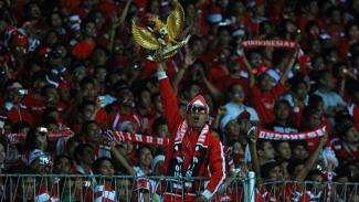 https://thumb.viva.co.id/media/frontend/thumbs3/2010/12/29/102280_supporter-timnas--indonesia-lawan-malaysia-leg-ii_325_183.jpg