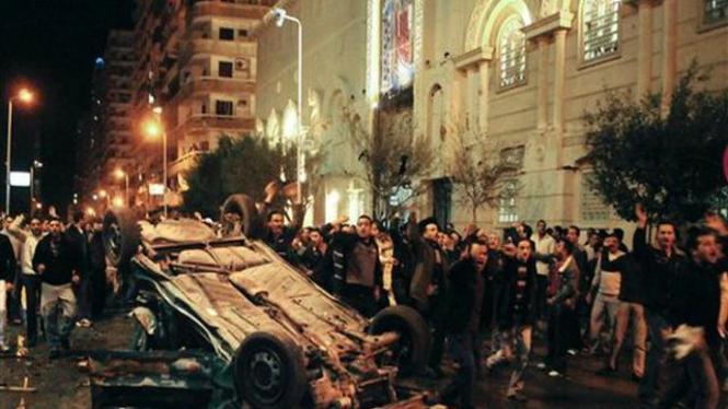 Lokasi ledakan bom mobil di depan gereja di Alexandria, Mesir