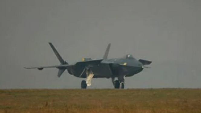 Pesawat tempur siluman China.