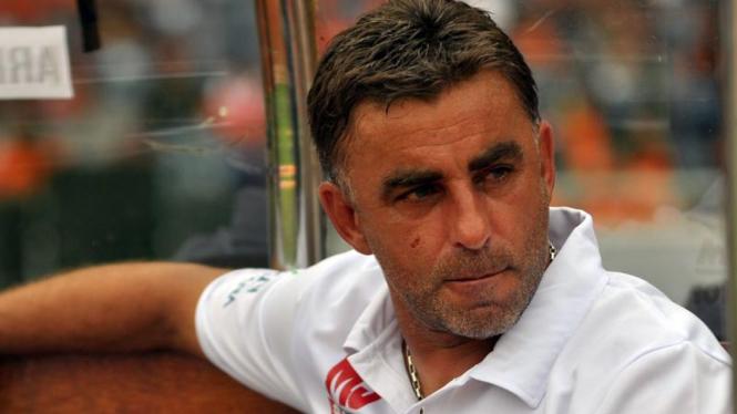 Pelatih Arema Indonesia Miroslav Janu