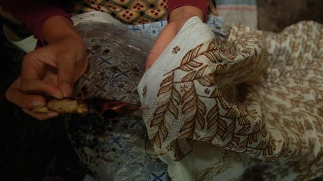 Berburu Batik di Trusmi Cirebon – VIVA bcde2e99fd