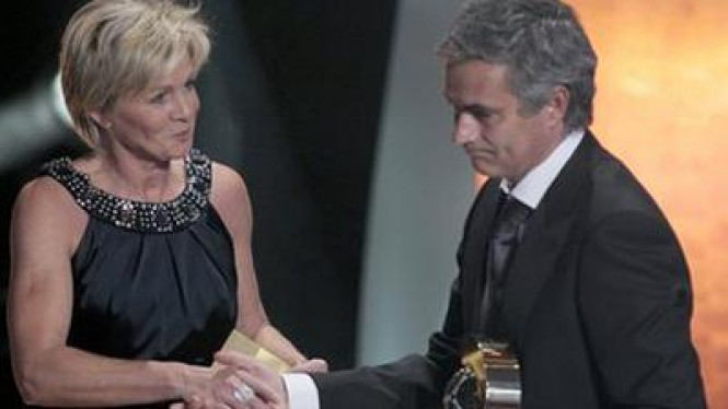 Jose Mourinho (kanan) dan Silvia Neid