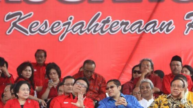 Megawati (PDIP), Tjahjo Kumolo, Anas Urbaningrum (Demokrat) & Akbar Tandjung