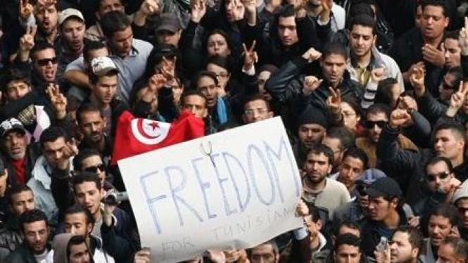 Demonstrasi massal menuntut mundur Presiden Tunisia, 14 Januari 2011