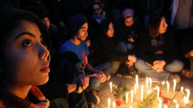Aksi keprihatinan atas kerusuhan Tunisia di Kota Tunis