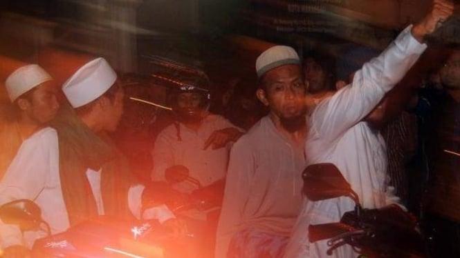 FPI Sulsel mendemo Jemaah Ahmadiyah di Makassar, 28 Januari 2011