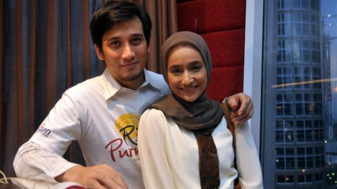 Tengku Firmansyah & Cindy Fatika Sari