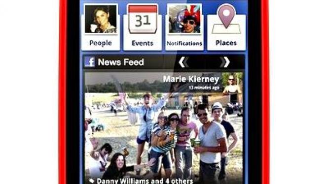 Facebook di ponsel INQ