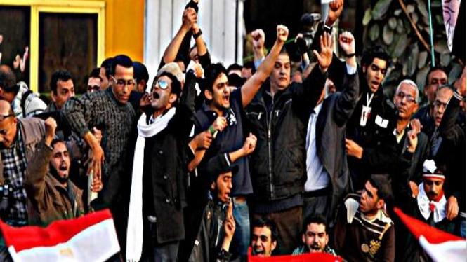 Wael Ghonim, eksekutif Google saat berorasi di Lapangan Tahrir