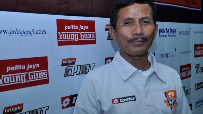 Asisten Pelatih Pelita Jaya Djajang Nurjaman