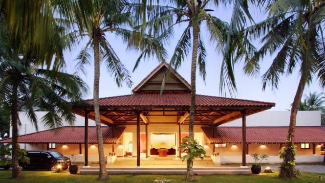 Krakatoa Nirwana Resort