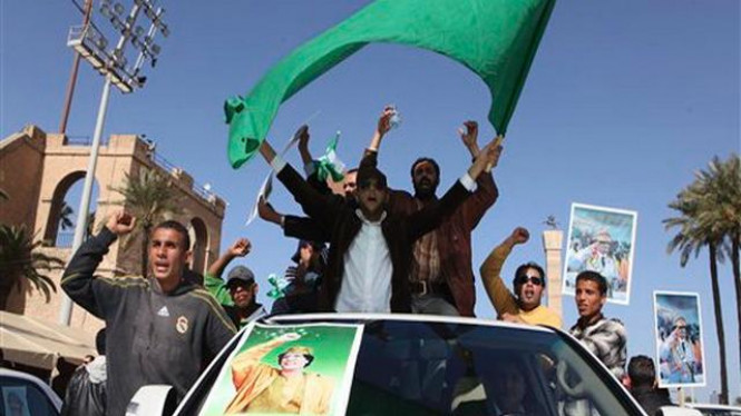 Demonstrasi kelompok pro pemerintah di Tripoli, Libya