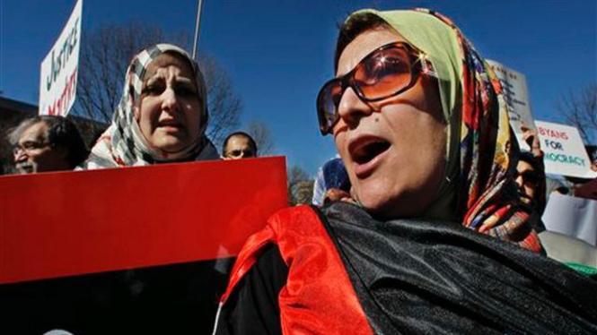 Unjuk rasa warga Libya di depan Gedung Putih, Amerika Serikat