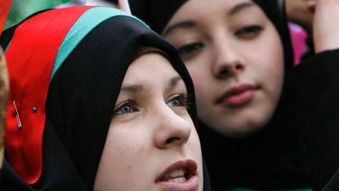 Aksi dukungan untuk Libya di Inggris