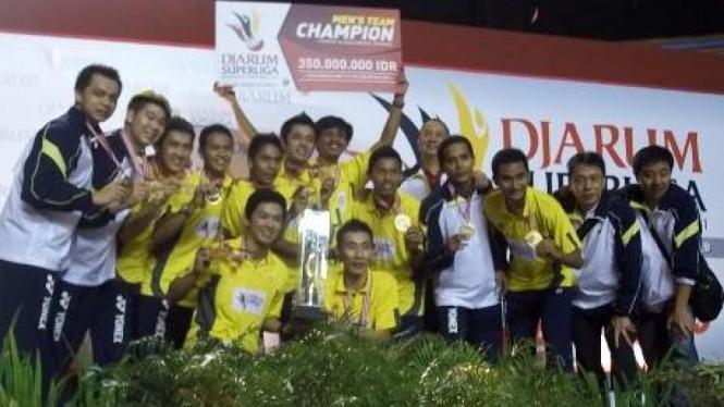 SGS PLN Bandung juara Djarum Superliga 2011