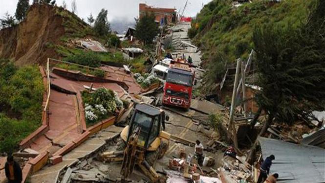 Tanang longsor di La Paz, Bolivia