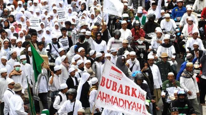 Ilustrasi/Aksi ormas Islam yang menolak kehadiran jemaah Ahmadiyah di Indonesia