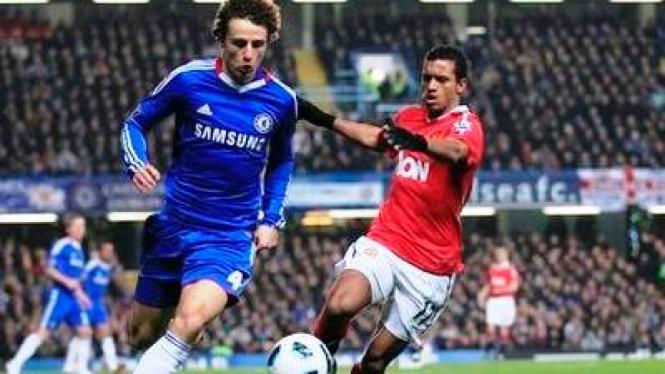 David Luiz (kiri)