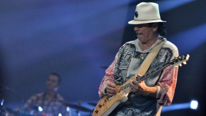 JAVA JAZZ FESTIVAL 2011, Carlos Santana