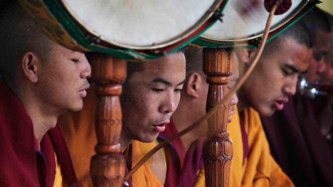 Biksu Tibet
