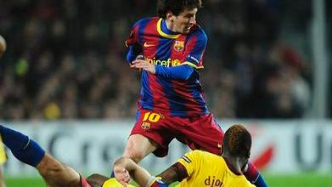 Lionel Messi pimpin Barcelona singkirkan Arsenal