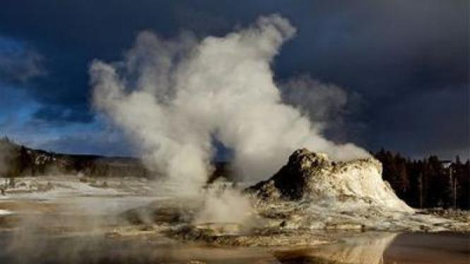 Gundukan magma yang terus meninggi di Yellowstone National Park