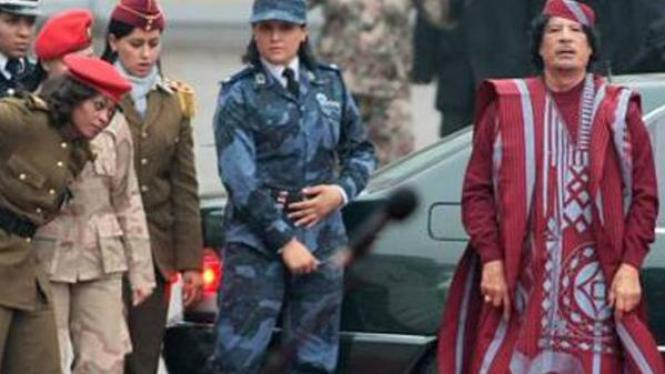 Pengawal molek Khadafi di Prancis