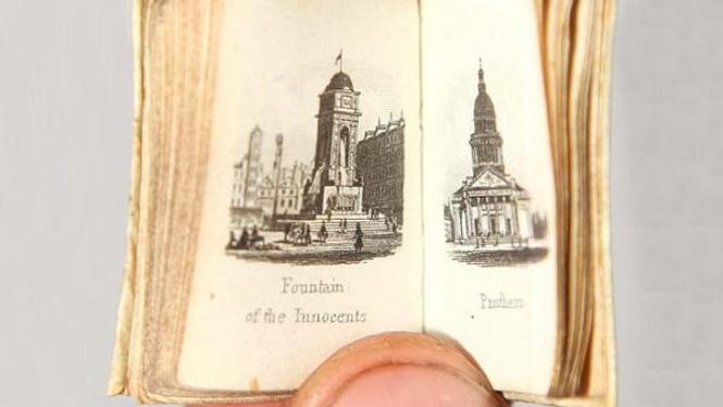 buku liliput 'The Bible and the London Almanack'
