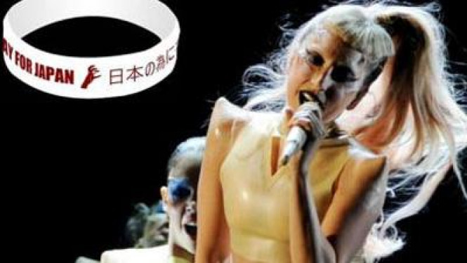 Lady Gaga Rancang Gelang