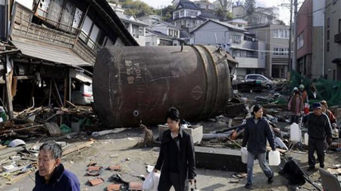 Suasana Kota Kesennuma, Jepang, setelah gempa bumi dan tsunami