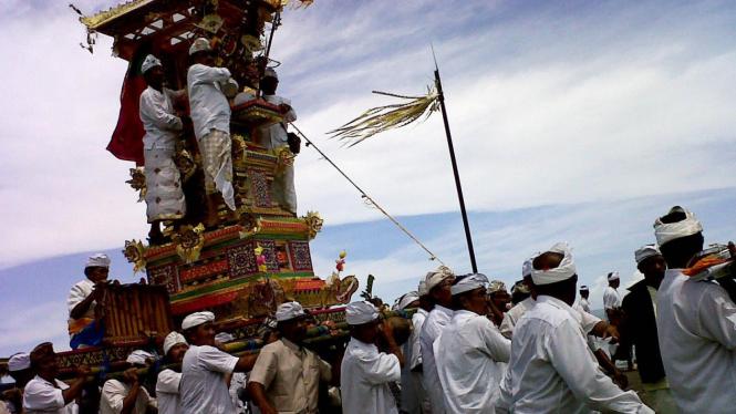Perayaan ngaben tikus di Bali (Peni Widarti | Bali)
