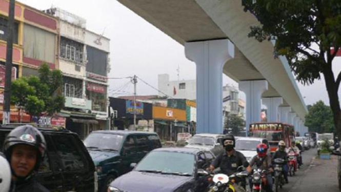 Maket jalan rel layang MRT di Fatmawati