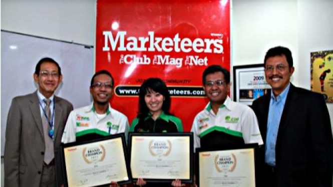 BTEL raih penghargaan Indonesia Brand Champion Award 2011