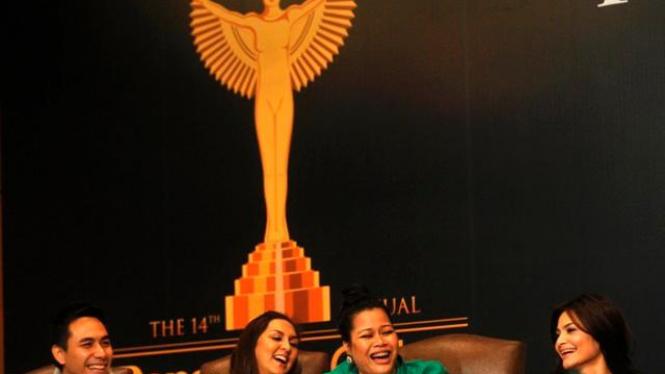 Sejumlah presenter top dalam Panasonic Gobel Award di Jakarta