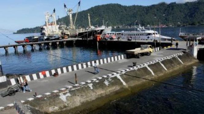 Pelabuhan Tahuna, Kabupaten Sangihe, Sulawesi Utara